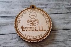 Medal ze sklejki dla najmłodszych