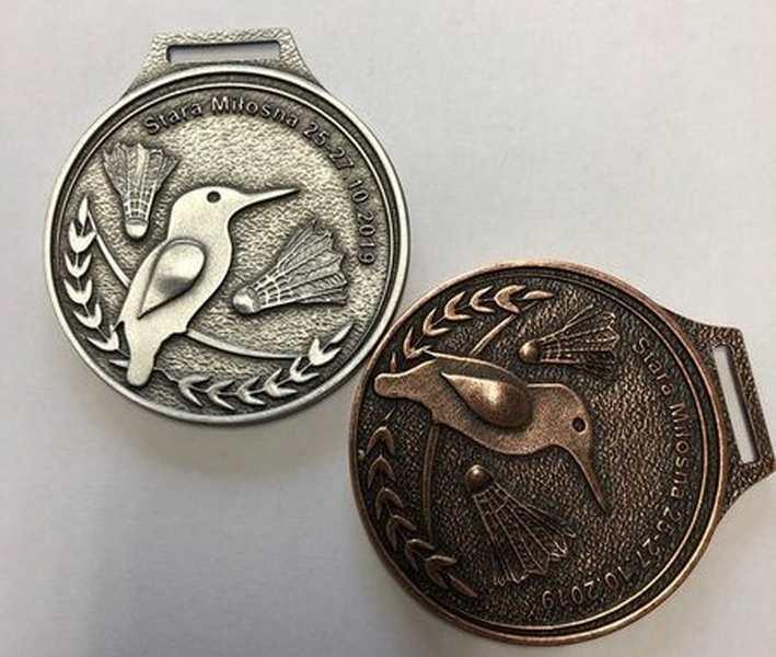 Medal odlewany, na turniej badmintona