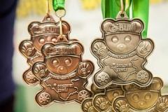 Medale na turniej narciarski wzbogacony taśmą z nadrukiem