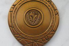 Medale sportowe, w kolorze antycznego złota